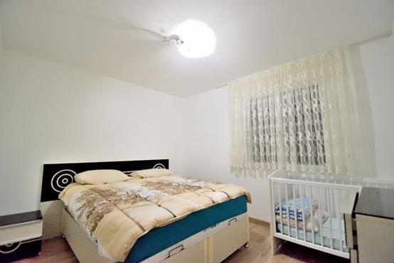 Maison à étage de 124 m² avec chambre et SDD au RDC - photo 6