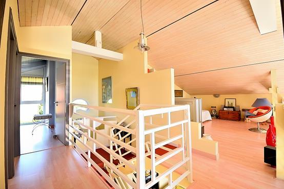 Maison d'architecte sur sous-sol avec terrain constructible de 1809m² - photo 10