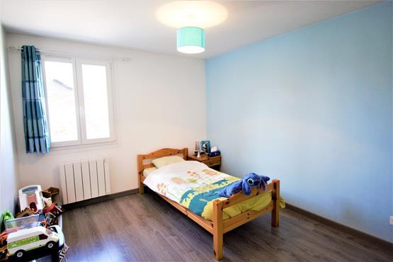 Maison Plain-pied 90 m² SALES - photo 8