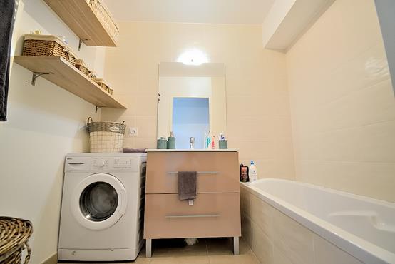 Appartement T3 avec balcon, cave, garage et place de parking - photo 6