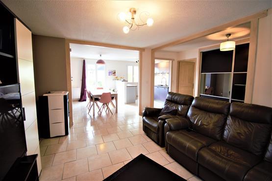 Maison Plain-pied 90 m² SALES - photo 5