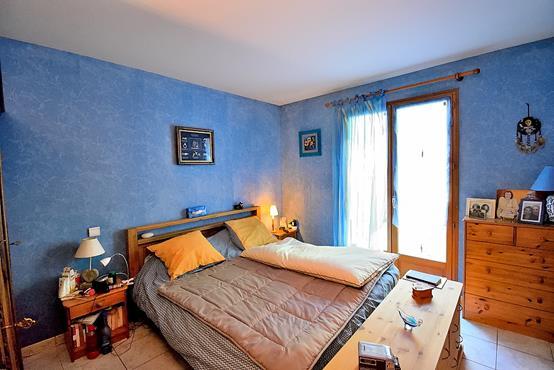 Maison traditionnelle sur sous-sol composée de 6 chambres - photo 8