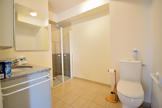 Appartement T2 de 43m² dans une résidence senior  - photo 6