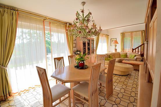 Maison individuelle 145m² sur 1.100m² de terrain constructible avec chambre et SDB en RDC - photo 3