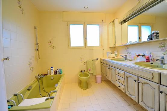 Maison individuelle 145m² sur 1.100m² de terrain constructible avec chambre et SDB en RDC - photo 5