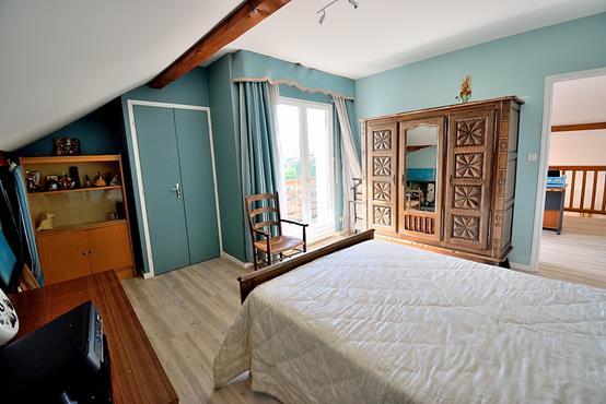 Maison individuelle 145m² sur 1.100m² de terrain constructible avec chambre et SDB en RDC - photo 8
