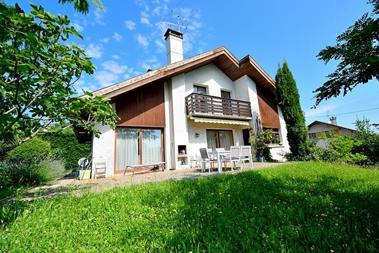 Maison individuelle 145m² sur 1.100m² de terrain constructible avec chambre et SDB en RDC - photo 1