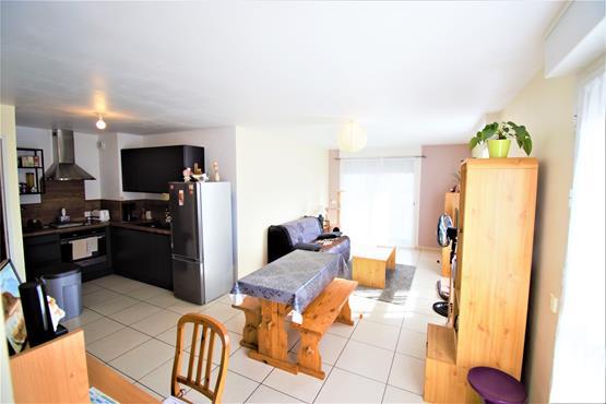 VALLIERES-Centre : T2 de 53m² avec terrasse , garage et cave - photo 2