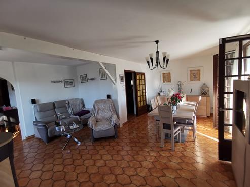 Maison à SALES sur 1000 m² de terrain avec piscine - photo 3