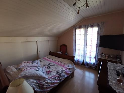 Maison à SALES sur 1000 m² de terrain avec piscine - photo 5