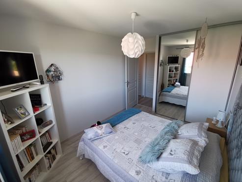 Maison 93 m² sur sous-sol bâtie sur 1350 m² de terrain entièrement rénovée - photo 8