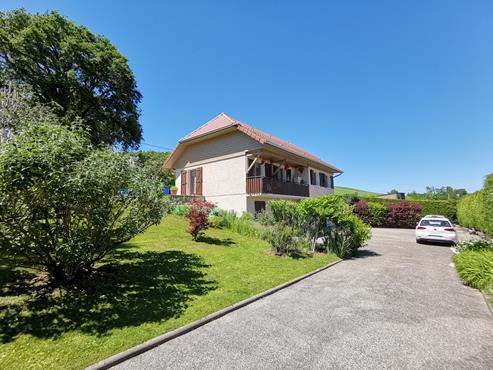 Maison 93 m² sur sous-sol bâtie sur 1350 m² de terrain entièrement rénovée - photo 14