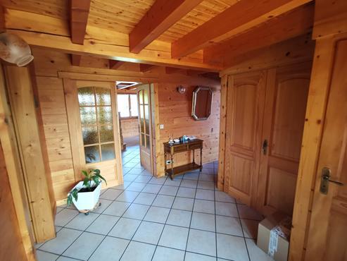 CHALET en madrier de 266 m² avec terrain de 1900 m² à CHALLONGES - photo 5