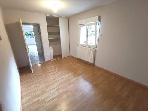 Appartement T3 de 75m² en Rez-De-Jardin proche centre ville - photo 2