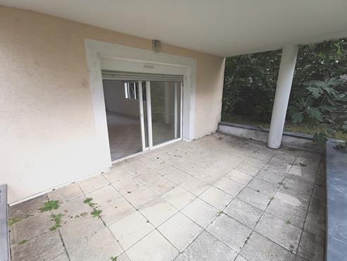 Appartement T3 de 75m² en Rez-De-Jardin proche centre ville - photo 7