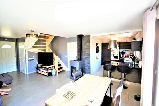 Maison 92 m² RUMILLY 4ch - photo 6